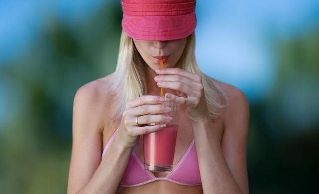suco detox rosa- receita-supermoderna
