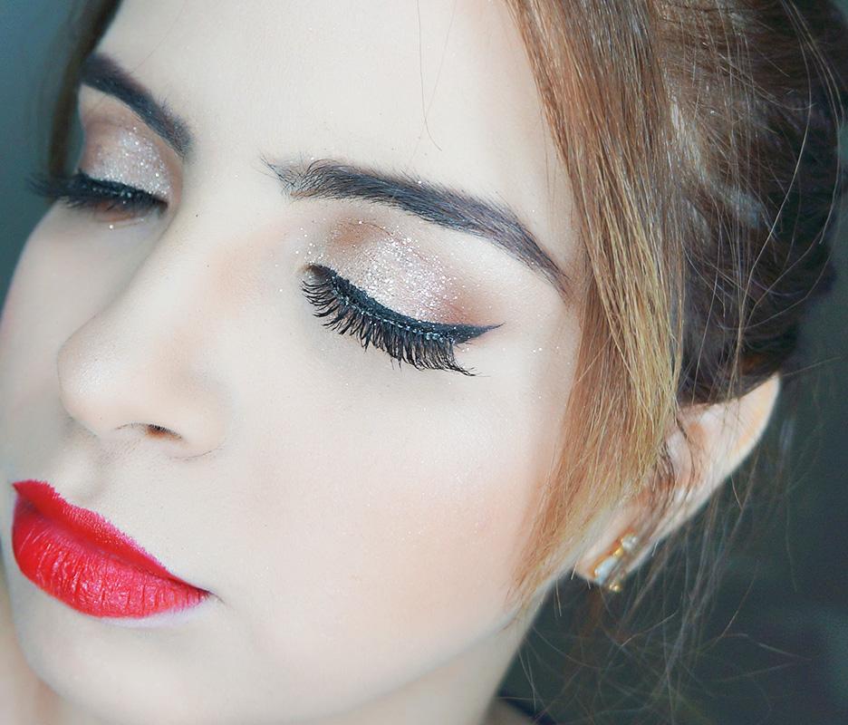 #Tutorial: Maquiagem com batom vermelho e delineado gatinho